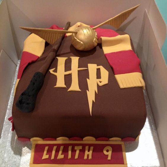 Harry Potter Themed Cake 2 theflowershopae 39883