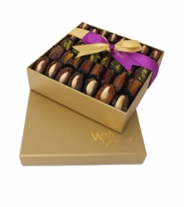 Assorted Dates Stuffed Luxury Gift Box Medium By Wafi Gourmet