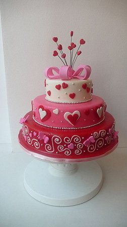 Triple Tiered Heart Lined Cake