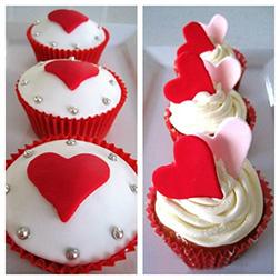 Be My Valentine Half Dozen (6) Cupcakes