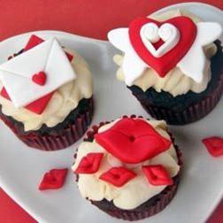 Valentine's Kiss Half Dozen (6) Cupcakes