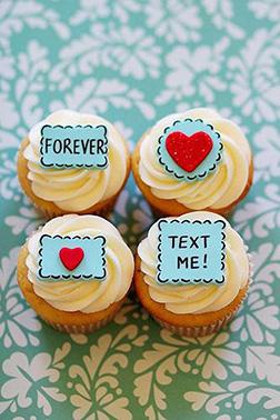Love Notes Valentine's Day Half Dozen (6) Cupcakes