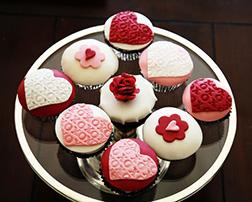 Elegant Pink & Red Heart Half Dozen (6) Cupcakes