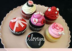 Luscious Romance Valentine's Day Half Dozen (6) Cupcakes