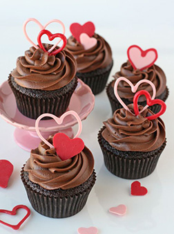 Hearts in Harmony Half Dozen (6) Cupcakes