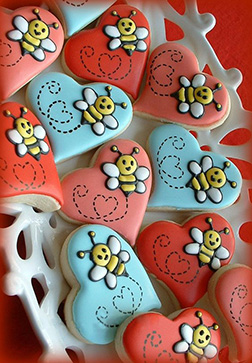 Bumble Bee Love Valentine's Day Cookies