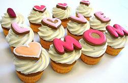 I Love Mom Cupcakes - Dozen