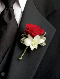 Red Carpet Boutonniere