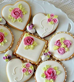 Rosy Celebrations Cookies