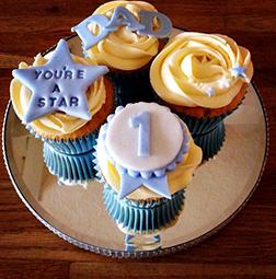 Best Dad Award Cupcakes
