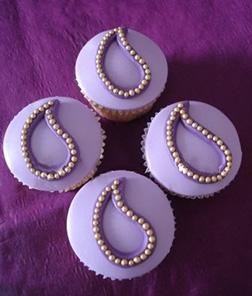 Ornate Diwali Cupcakes