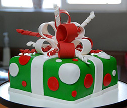 Gifts Under The Tree Cake