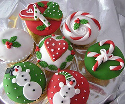 Christmas Traditions - Dozen Cupcakes