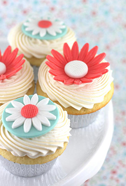 Vibrant Flower CupCakes