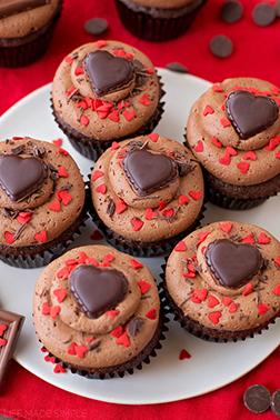 Loving Gesture Dozen Cupcakes