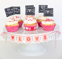 Sweet Sentiments - 6 Cupcakes