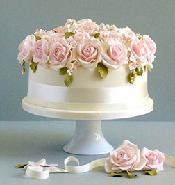 Crown of Roses Cake