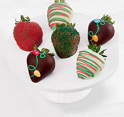 Christmas Trinkets Dipped Strawberries