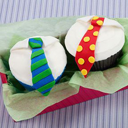 Polka Dots And Stripes Father's Day Cupcakes