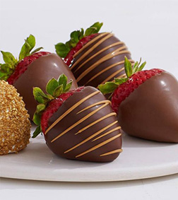 Heart of Gold Dipped Strawberries