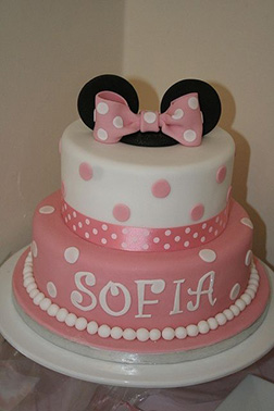 Polka Dots with Pearls Minnie Mouse Cake