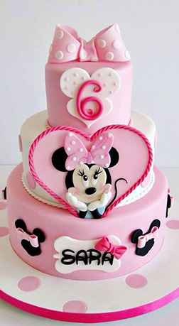 Pink Daydream Minnie Mouse Cake
