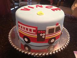2D Fireengine Cake
