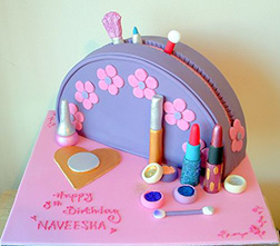 Vanity Case Cake 3