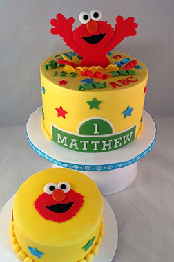 Elmo's Surprise Cake 1