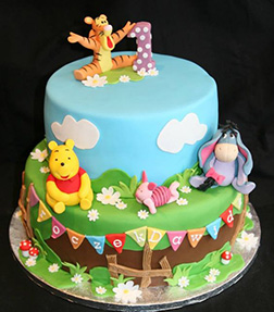 100 Acre Woods Friends Cake