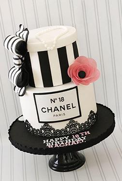 Classy & Fabulous Chanel Cake