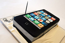 3D  Black iPhone Cake