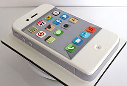 3D White iPhone Cake
