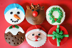 Dreams of Santa Dozen (12) CupCakes