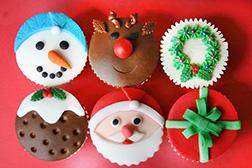 Dreams of Santa Half Dozen (6) Cupcakes
