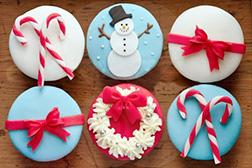 Frosty Christmas Dozen (12) Cupcakes