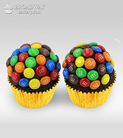 M&M Funfetti - 2 Cupcakes