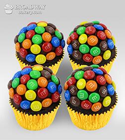 M&M Funfetti - 4 Cupcakes