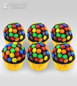 M&M Funfetti - 6 Cupcakes