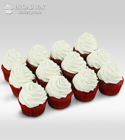 Red Velvet Addiction - 12 Cupcakes
