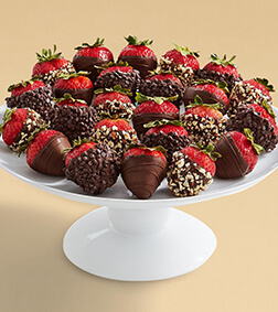 The Dark Side - Two Dozen All Dark Strawberries