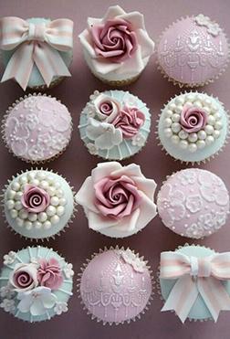 Charming Elegance Cupcakes
