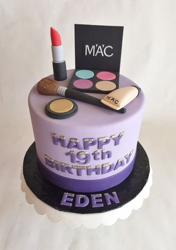 Makeup Kit Cake Images : Themed Cakes