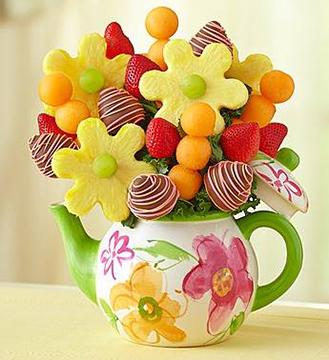 Lucky Teapot Fruit Bouquet