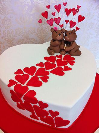 Hearts Led To Love Cake