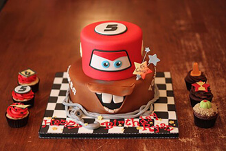 Terrific Lightning Mcqueen Tow Mater Mashup Cake Broadwaybakery Com 40618 Funny Birthday Cards Online Alyptdamsfinfo