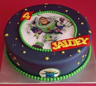Pleasant Breakthrough Buzz Lightyear Cake Broadwaybakery Com 40727 Funny Birthday Cards Online Inifodamsfinfo