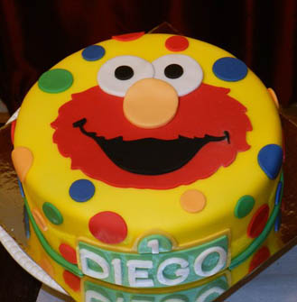 Elmo Polka Dot Cake Broadwaybakery Com 40681