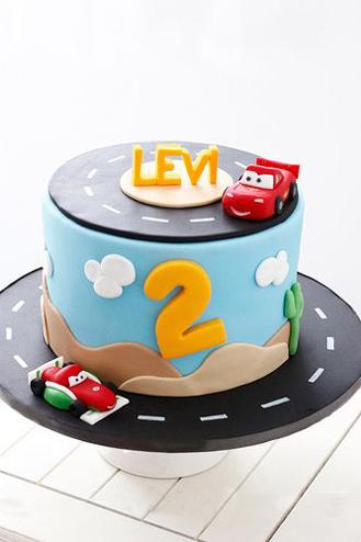 Lightning & Francesco Racing Cake