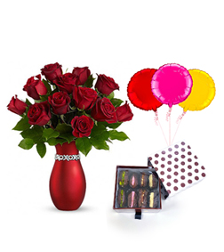Endless Kisses with Dates Delight Box and Balloons
